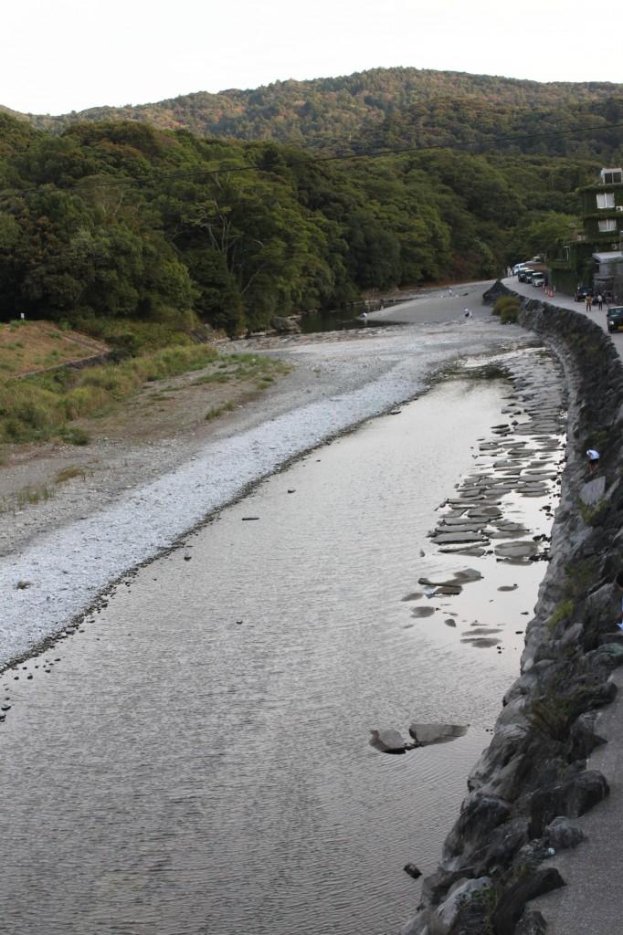 伊勢神宮内宮の近くの川