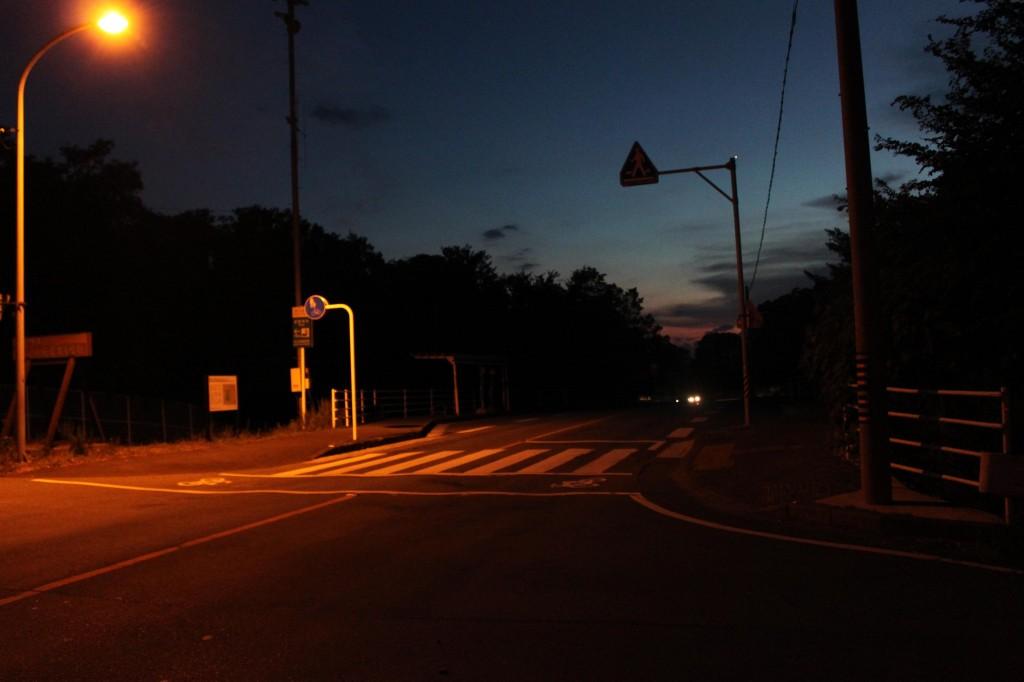 伊勢の夜道
