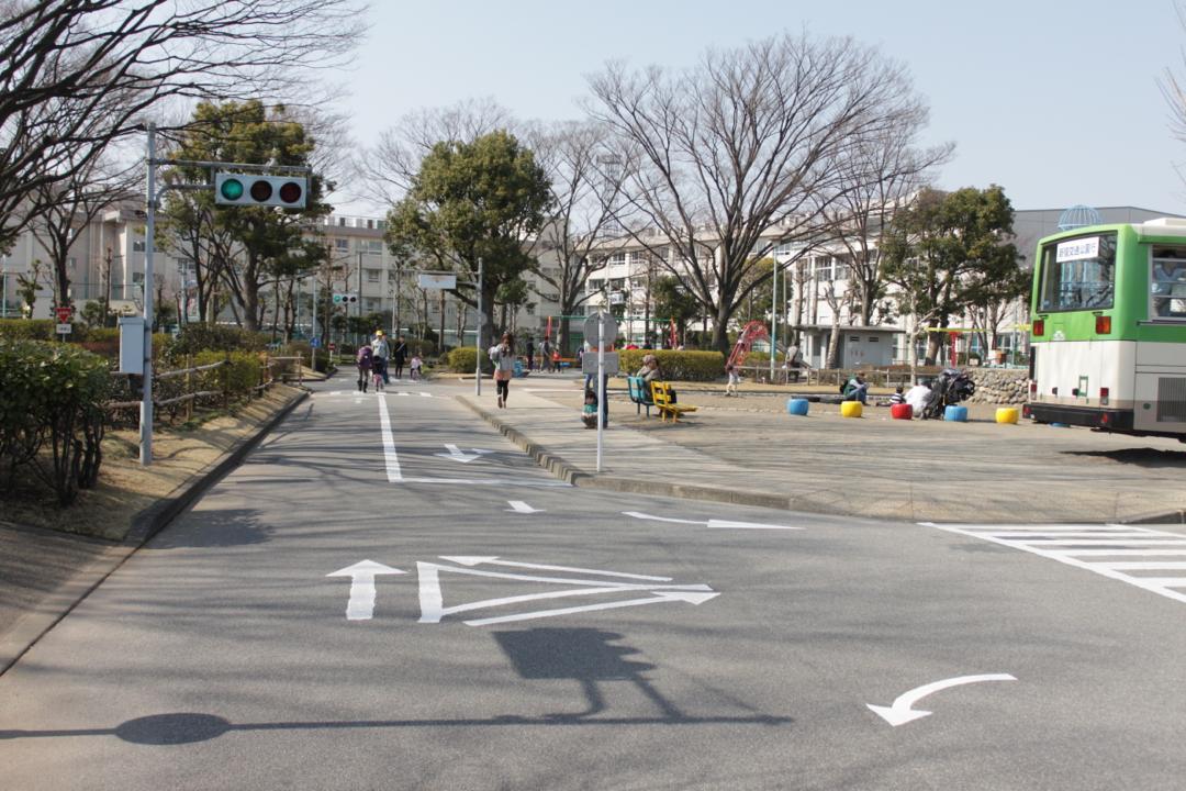 新宿交通公園の道路標識