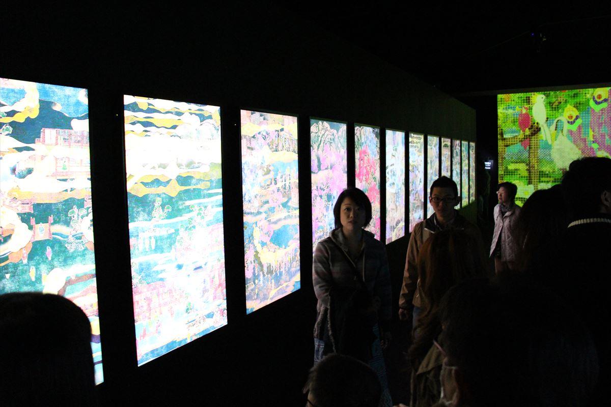 日本科学未来館の特設展チームラボ展