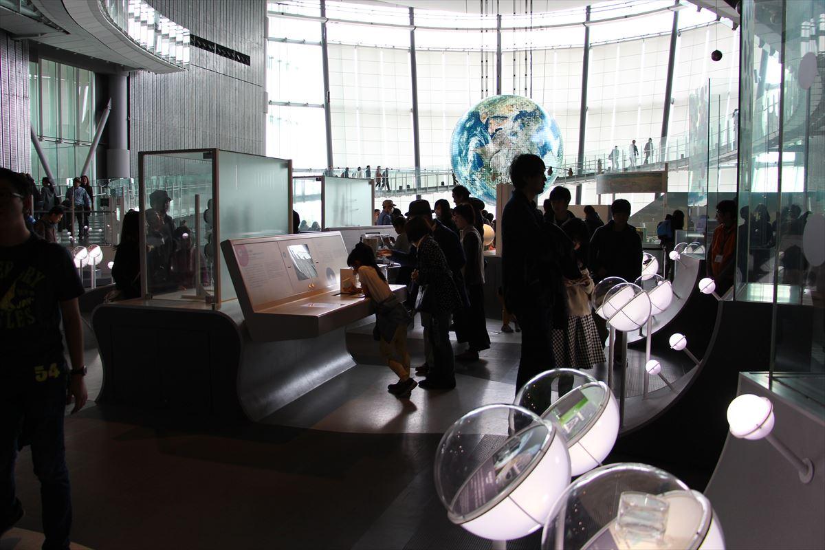 日本科学未来館の常設展示ゾーン