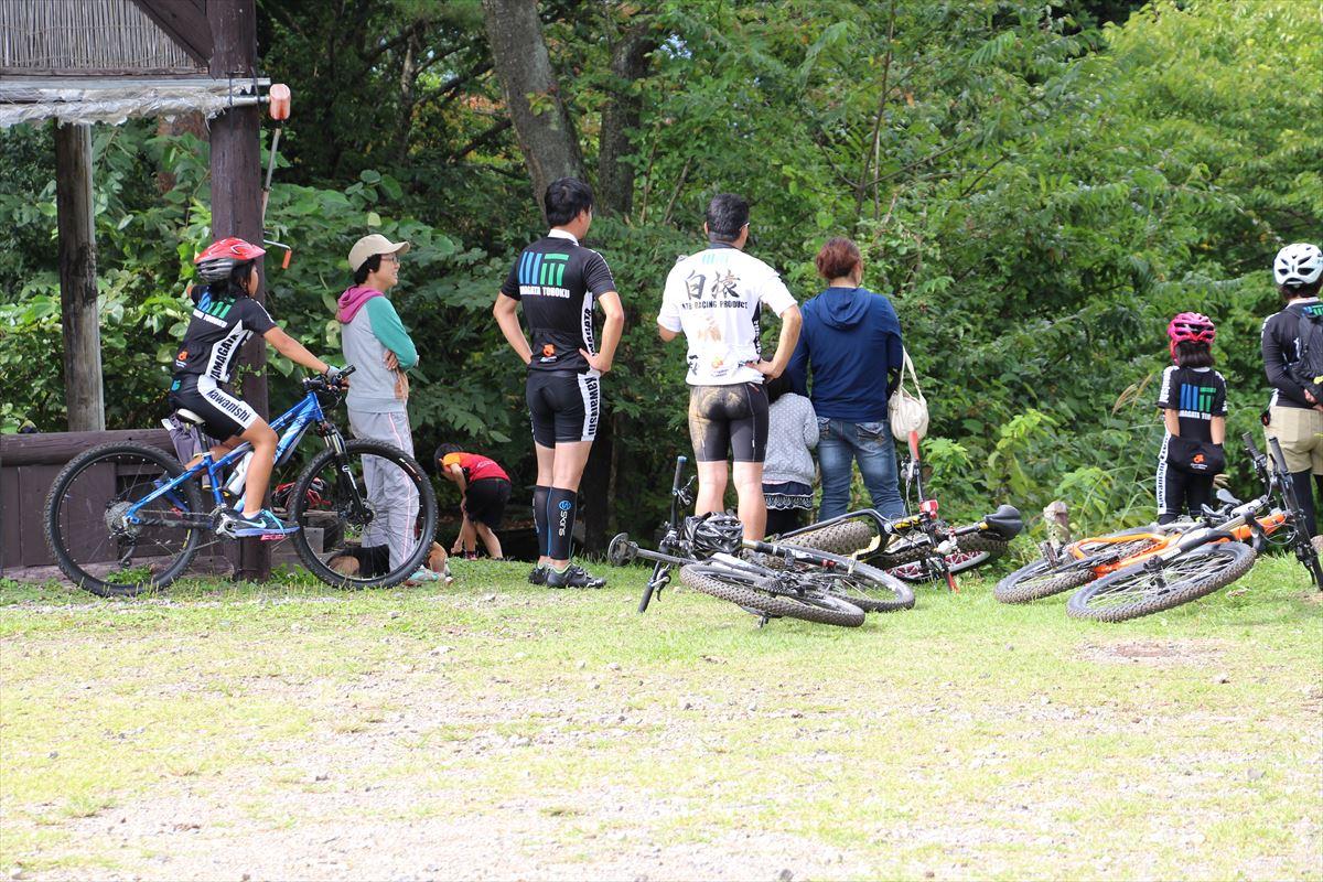 福島県の磐梯南ヶ丘牧場のマウンテンバイク遊び