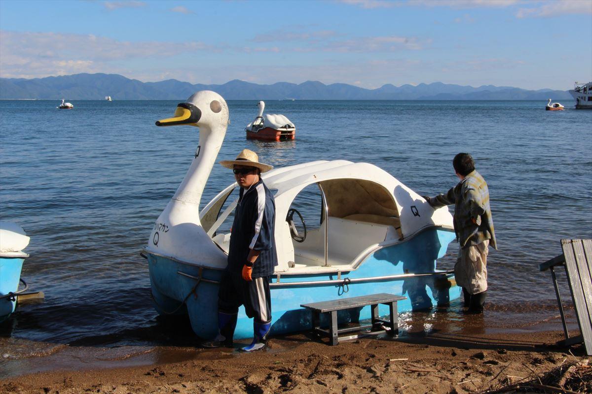 猪苗代湖の足こぎボート