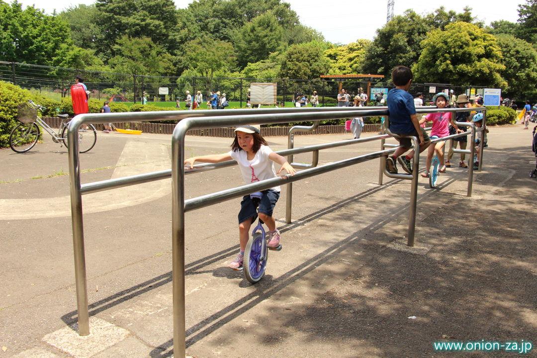 東京都立小金井公園の一輪車練習場