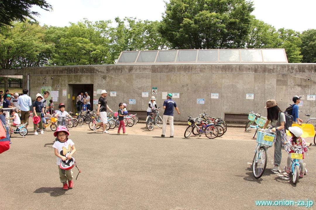 小金井公園サイクリングセンターの大人用レンタルサイクル