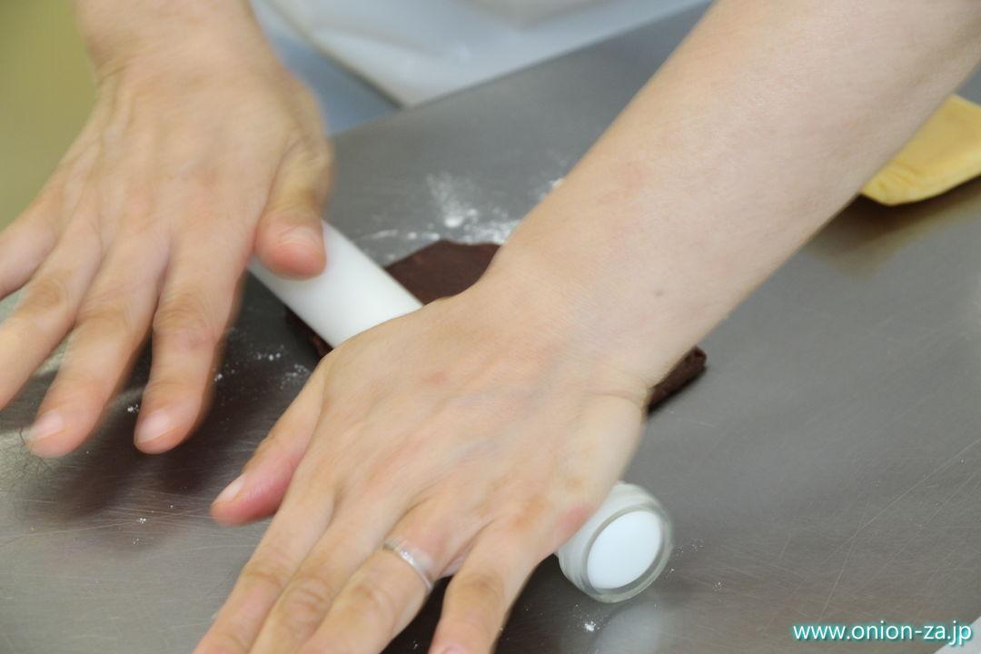 白い恋人パークのお菓子作り体験工房でクッキーズ栗