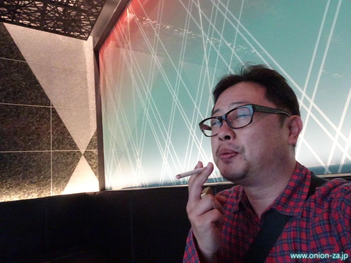 たばこと塩の博物館の喫煙所